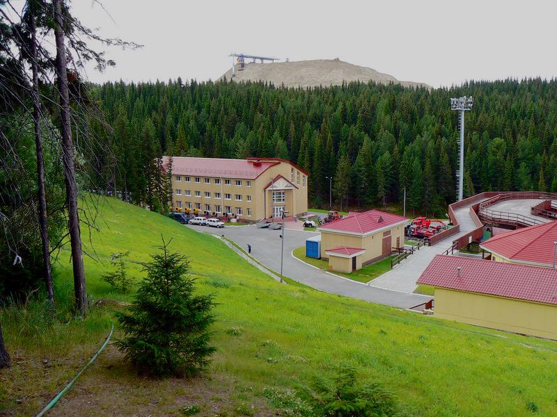 Винтовые сваи «Фундэкс» для спортивных сооружений Ханты-Мансийска