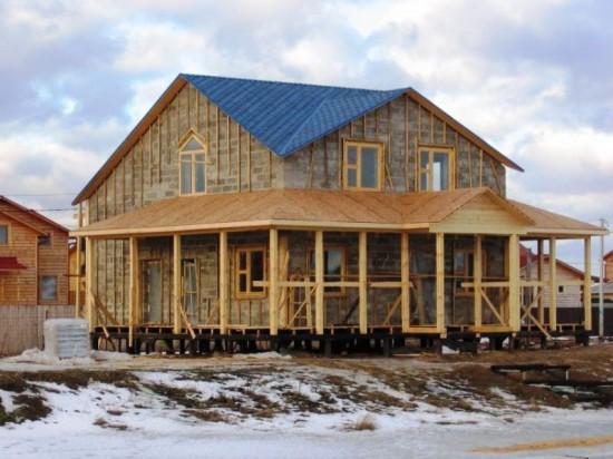 «Фундэкс» помогает строить жилье многодетным семьям