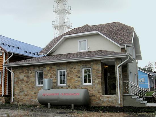 Дома на винтовых сваях «Фундэкс» и автономное энергоснабжение