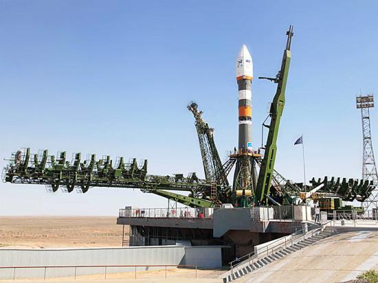 Компания «Фундэкс» поздравляет с Днем Космонавтики