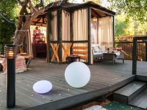 Программа «Фазенда» устроит место для отдыха на стальном основании компании «Фундэкс» в тени яблоневого сада