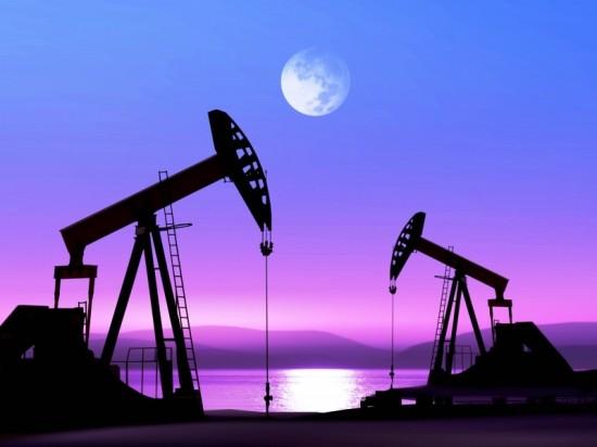 Нефтяников и газовиков поздравляет компания «Фундэкс»