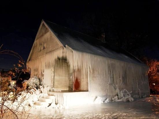 Свайно-винтовой фундамент «Фундэкс» защитит постройку в холода