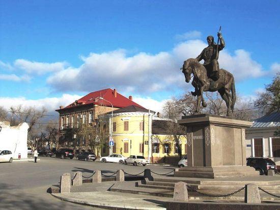 Винтовые сваи «Фундэкс» и сохранение исторических построек в Астрахани